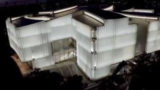 10年烧32亿,史蒂芬·霍尔完成休斯顿美术馆