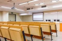 教室照明灯具要满足强制性产品认证要求