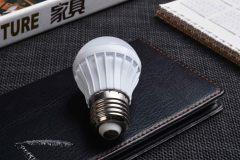 家用的灯泡一般多少瓦?客厅、卧室、厨房、阳台等空间应该选择多少瓦灯?