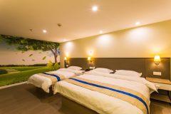床头壁灯如何选购?床头壁灯一般高度多少合适?